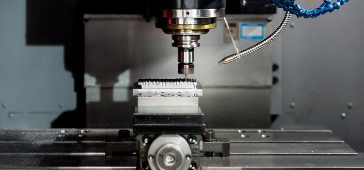 Najważniejsze cechy współczesny maszyn CNC